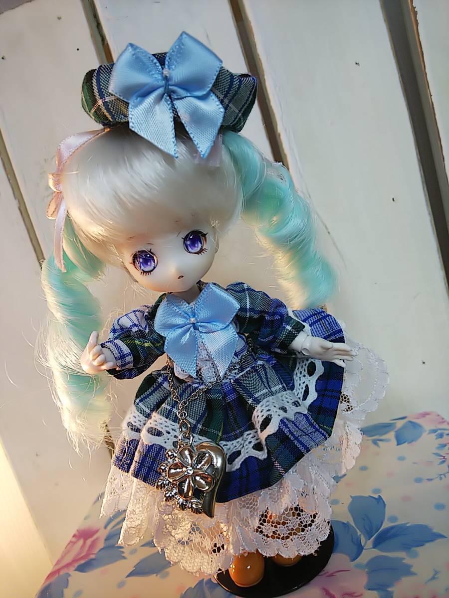 【BettyRose】オビツ11☆あまむす☆ミニスィーツドール☆チェックのドレス青☆大きいうさ耳ヘッドドレス☆帽子☆チェーンベルトの4点セット
