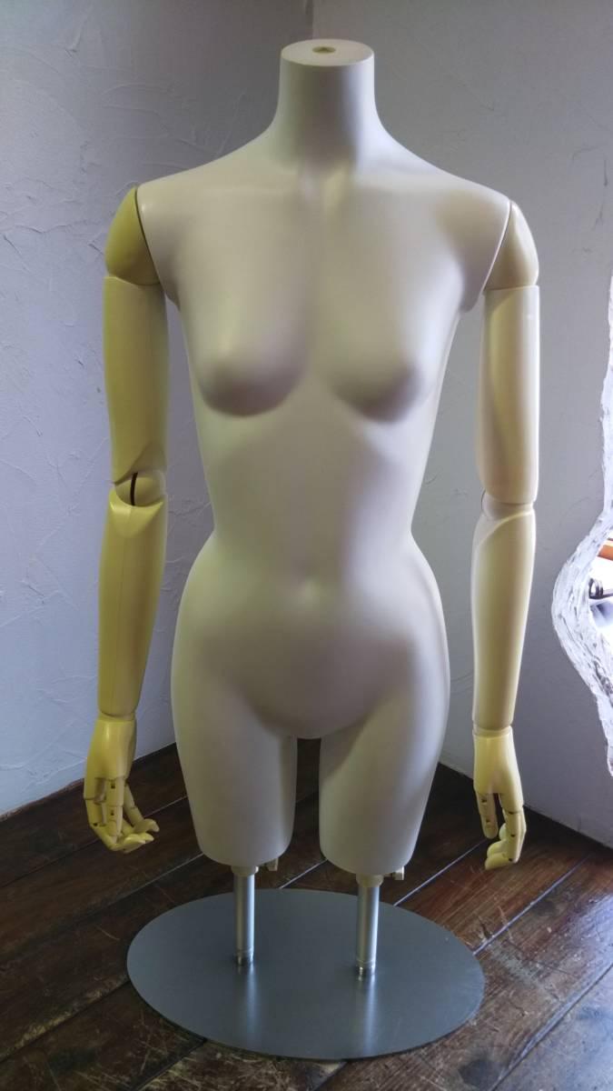 トルソー 女性 レディース 7号サイズ (Sサイズ) 婦人 展示 ショップ ディスプレイ 中古品 早い者勝ち ε= ε=┏(; ̄▽ ̄)┛