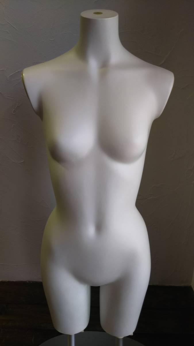 トルソー 女性 レディース 7号サイズ (Sサイズ) 婦人 展示 ショップ ディスプレイ 中古品 早い者勝ち ε= ε=┏(; ̄▽ ̄)┛_画像2