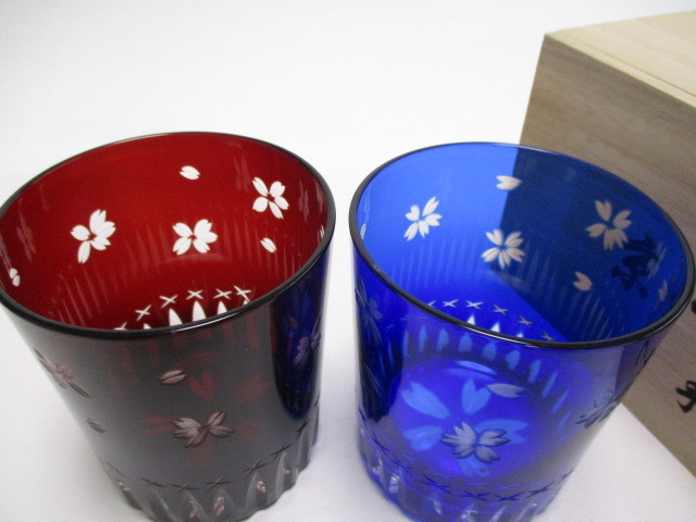 切子 ロックグラス 赤青 桜 2個 グラス ギフト使用可_画像2