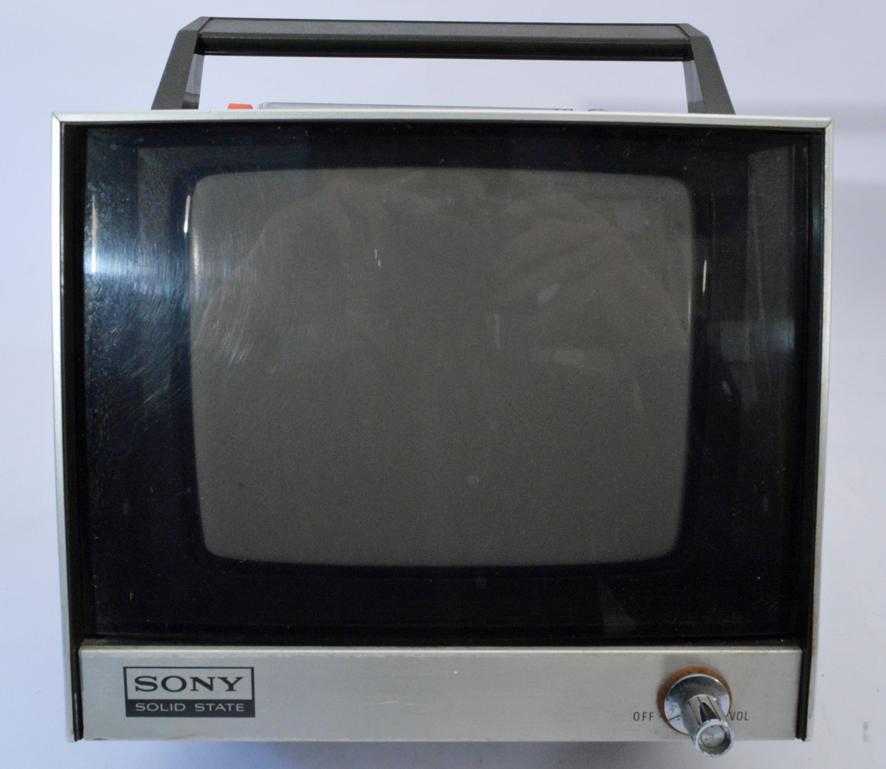 ys261 ジャンク品 SONY ソニー トランジスタテレビ ステイタス700 ソリッドステートTV 白黒テレビ 7-76 ш_画像3