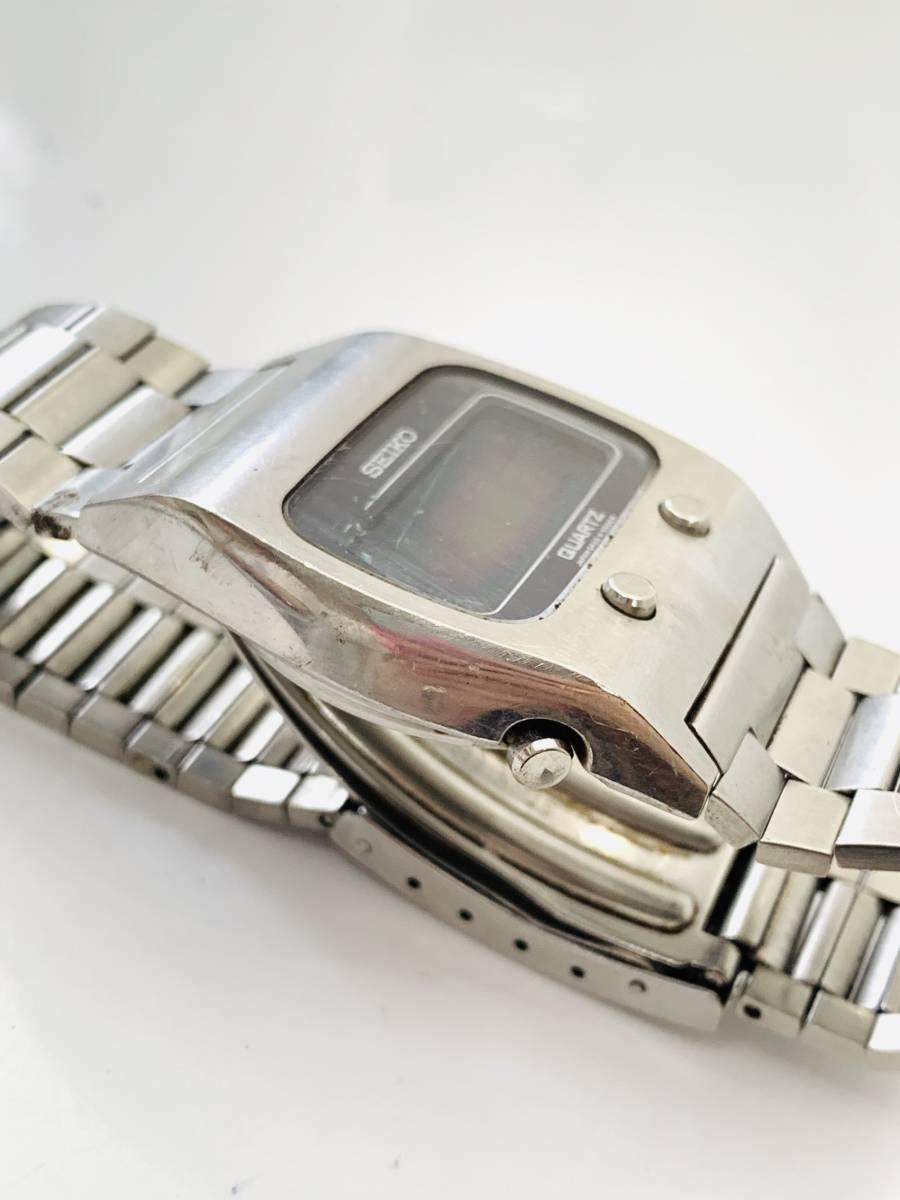 2150 480円~ 中古品 SEIKO/セイコー 初期デジタルウォッチ 0432-5001 フロントボタン クォーツ メンズ 腕時計_画像3