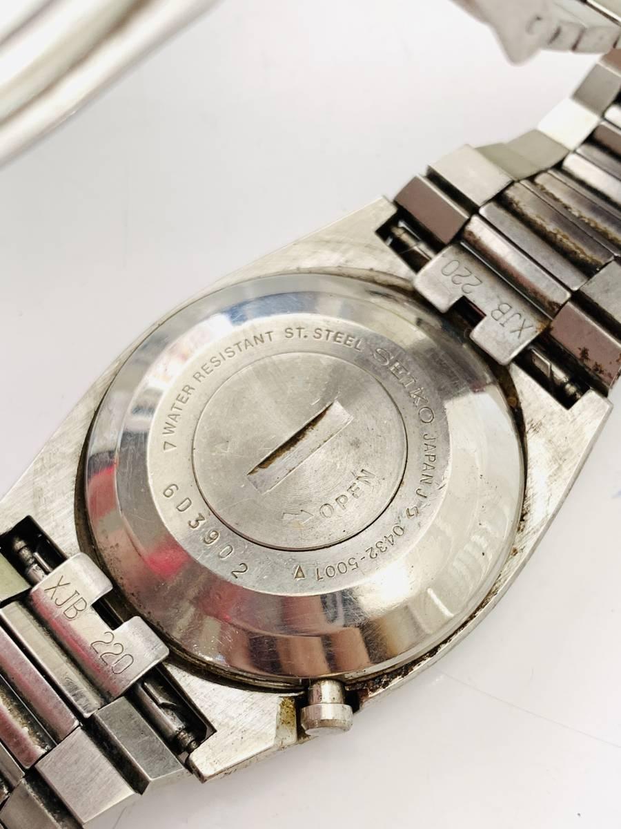 2150 480円~ 中古品 SEIKO/セイコー 初期デジタルウォッチ 0432-5001 フロントボタン クォーツ メンズ 腕時計_画像4