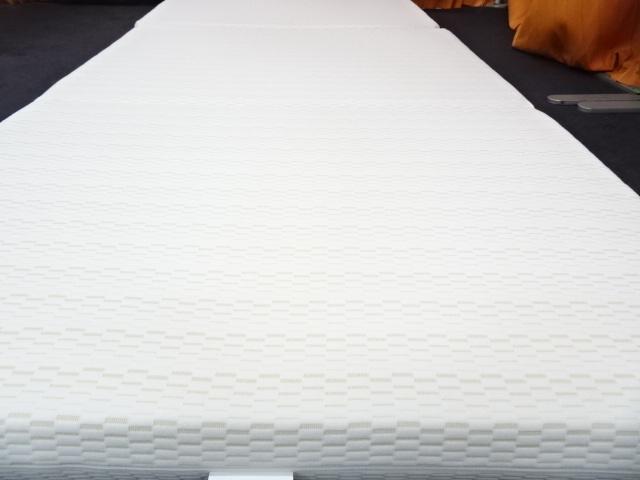 送料無料 西川 ボナノッテ 三つ折りマットレス 高反発 シングルサイズ 展示品_画像3