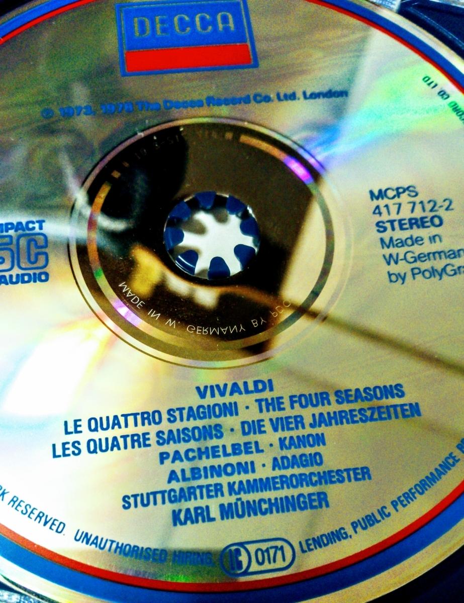 西独盤CDミュンヒンガー/「四季」他(輸入盤、中古品、帯なし)_画像3