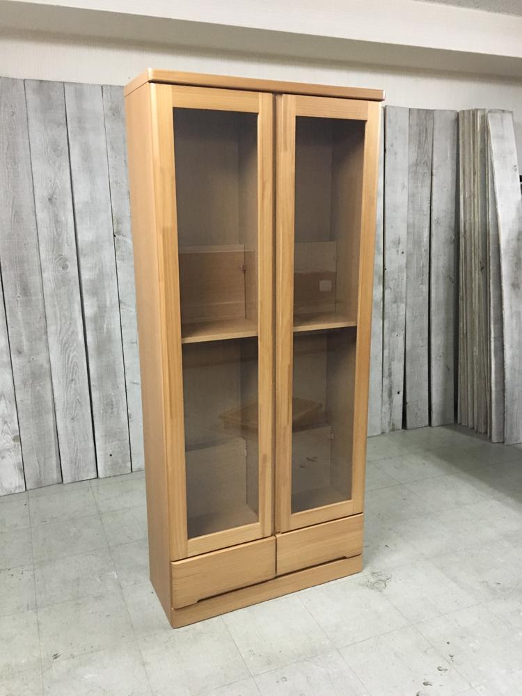 天然木パイン本棚 扉付き書棚 薄型リビングボード キャビネット ラック 雑誌収納 棚 ブックラック ナチュラル 薄型食器棚
