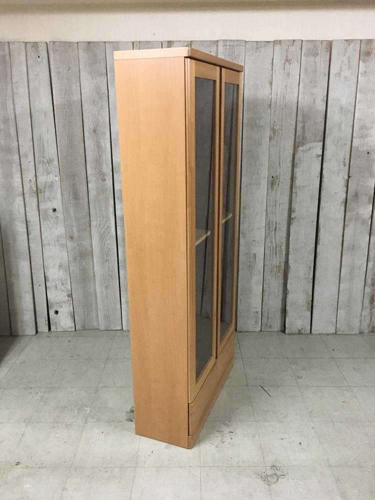 天然木パイン本棚 扉付き書棚 薄型リビングボード キャビネット ラック 雑誌収納 棚 ブックラック ナチュラル 薄型食器棚_画像10