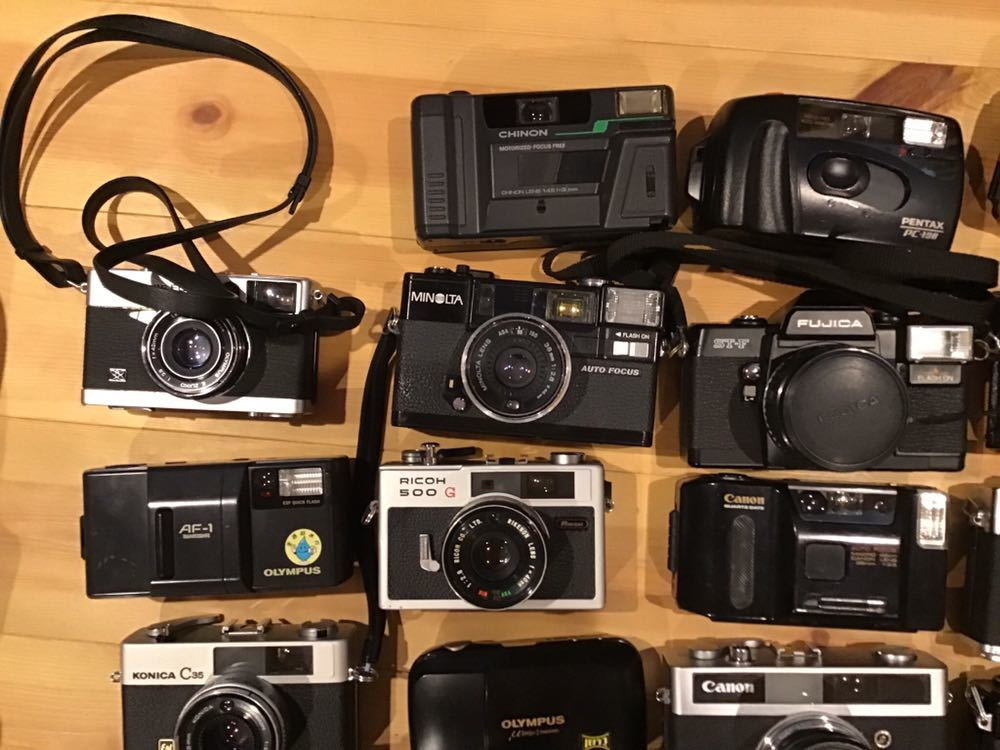 ジャンク コンパクトフィルムカメラ まとめて 28台セット RICOH MINOLTA KONICA OLYMPUS CANON FUJICA CHINONYASHICA PENTAX 等_画像2
