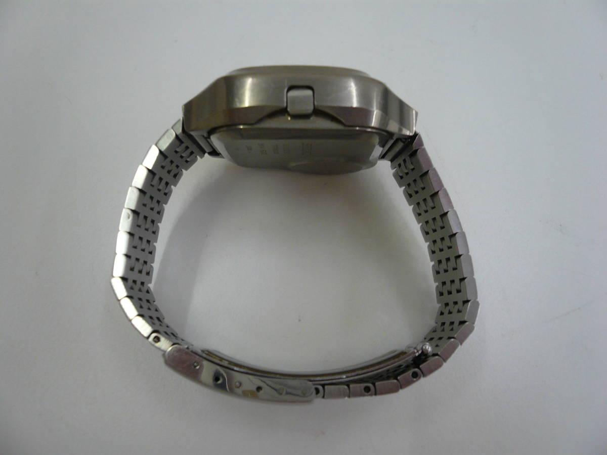 レア SEIKO 0614-5000 初期型 デジタル チタン セイコー 希少 腕時計 ジャンク品扱い 激安 爆安 1円スタート_画像4