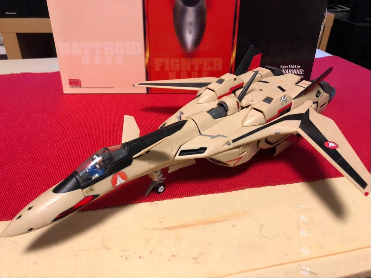 【送料無料】マクロスプラス 完全変形 YF-19 1/60scale YAMATO(中古)_画像3