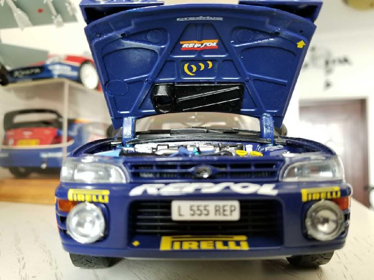 人気合金模型車ミニカーコレクションAUTOART 1:18スバルIMPREZA WRC 1997スケールシルバー新品_画像10