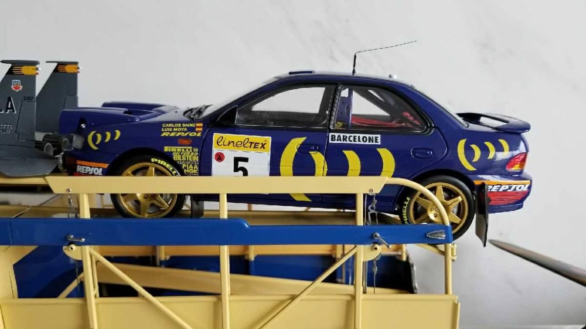 人気合金模型車ミニカーコレクションAUTOART 1:18スバルIMPREZA WRC 1997スケールシルバー新品_画像9