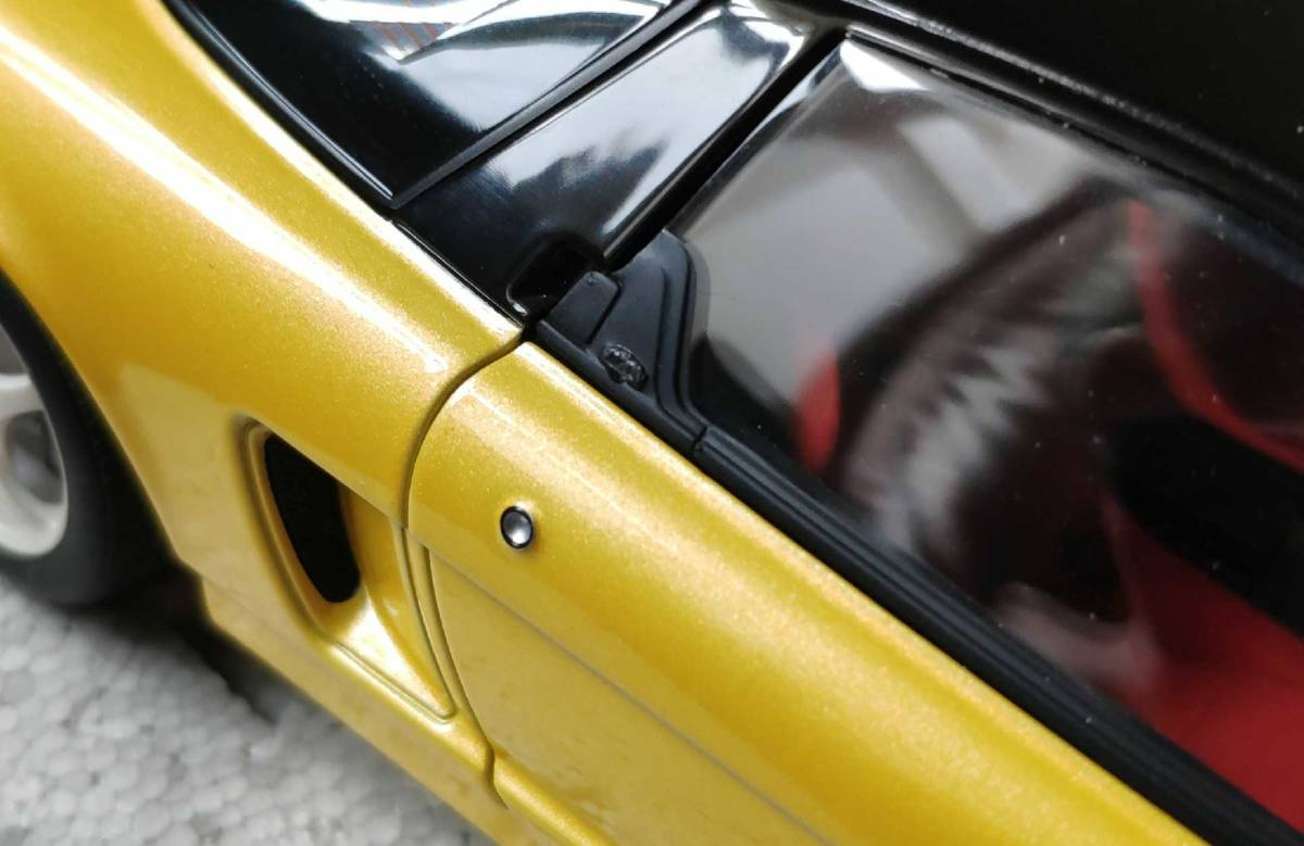 人気合金模型車ミニカーコレクションホンダ・NSX 1992 type r hoda1:18スケールシルバー新品_画像2