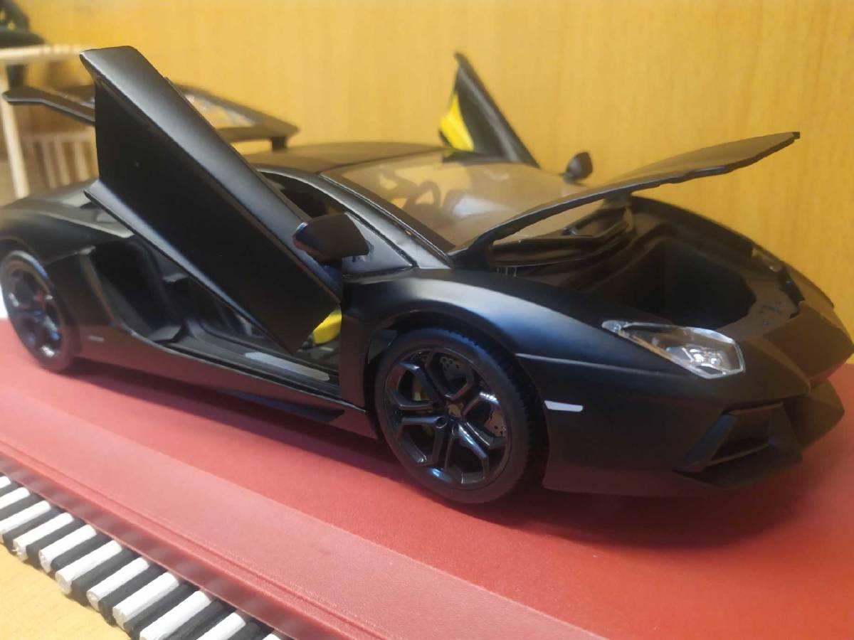 人気合金模型車ミニカーコレクションランボルギーニ超走エッ文塔多LP 700 1:18スケールシルバー新品