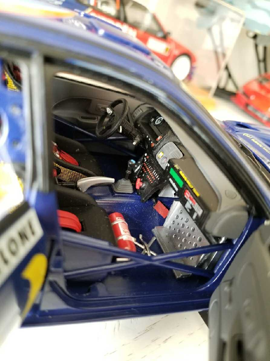 人気合金模型車ミニカーコレクションAUTOART 1:18スバルIMPREZA WRC 1997スケールシルバー新品_画像2