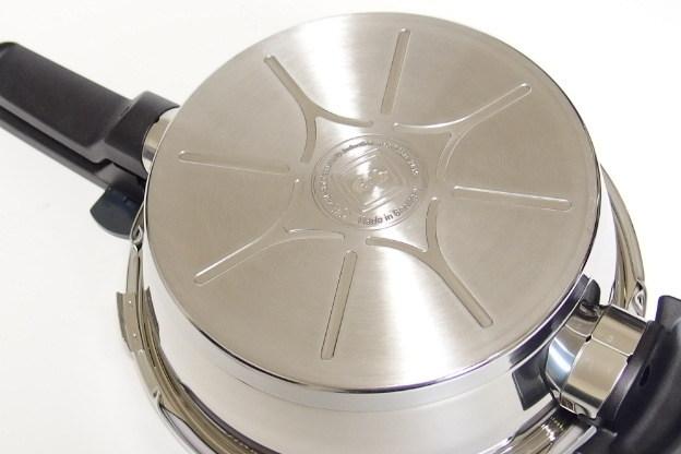 未使用保管品 フィスラー ビタクイック スキレット 2.5L 圧力フタ付き 圧力鍋 Fissler_画像6