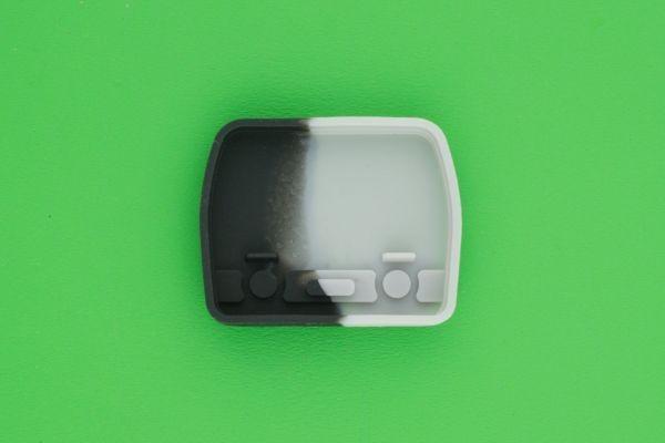 三菱  旧2ボタン キーレスリモコン用  交換用ゴムボタン _画像2
