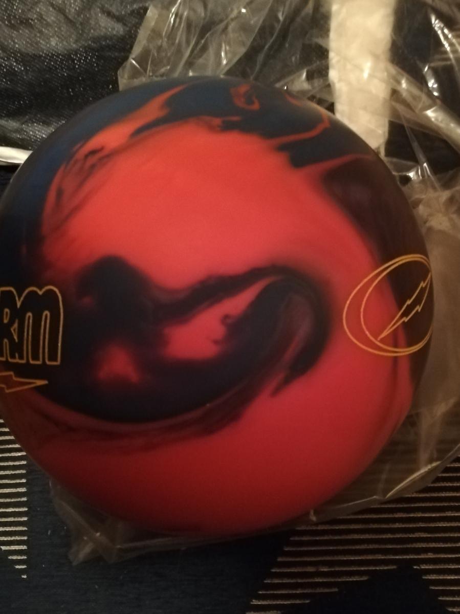 フィジックスM 新品 storm ボウリングボール_画像3