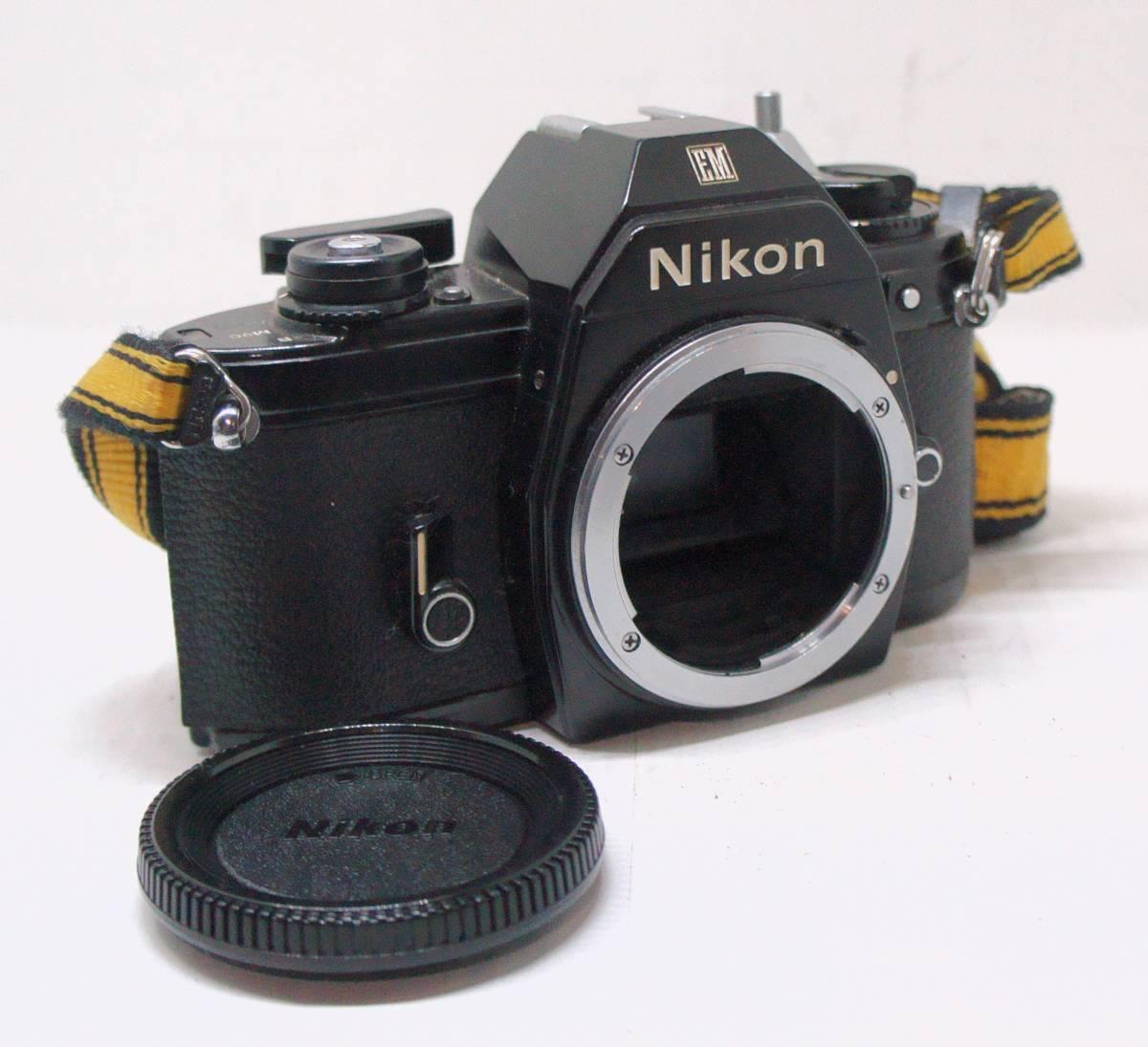 ☆綺麗な外観・送料無料・シャッターOK☆ ~フィルムレフ1眼レフカメラ(Fマウント)~ ニコン Nikon EM (A2019D0462) _画像1