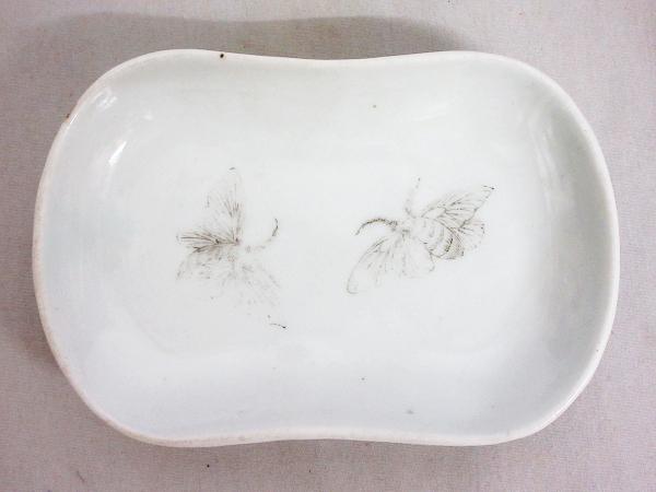 【ひょうたん】砥部焼 愛山窯 虫図の小皿2枚_画像7