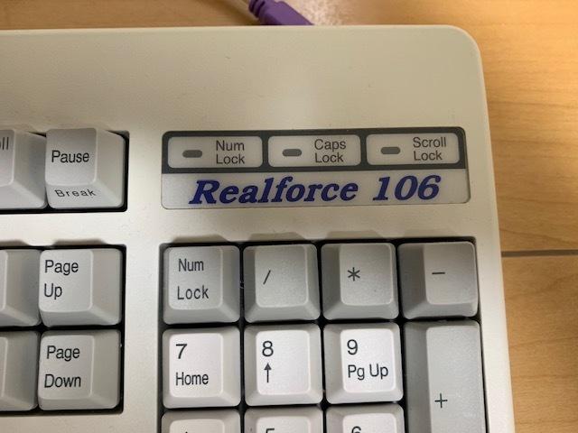 東プレ Realforce 106S LA0200 静電容量無接点式キーボード All30g PS/2接続(USB変換アダプタ付)_画像2