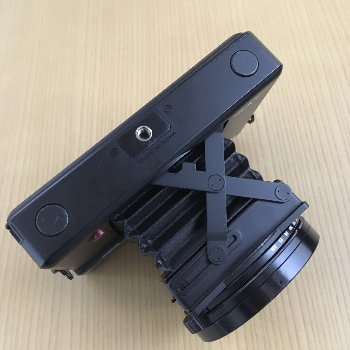 PLAUBEL makina 67 (Nikon Nikkor 80mm f2.8)プラウベル・マキナ 中判カメラ 完動品 シャッター切れスピード変化し露出計も動作しました。_画像9