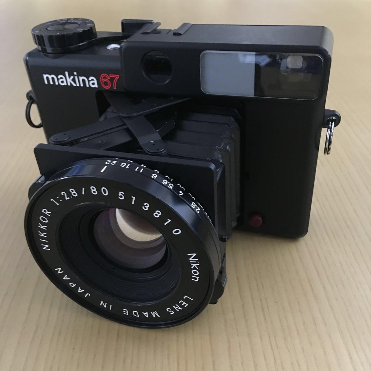 PLAUBEL makina 67 (Nikon Nikkor 80mm f2.8)プラウベル・マキナ 中判カメラ 完動品 シャッター切れスピード変化し露出計も動作しました。_画像2