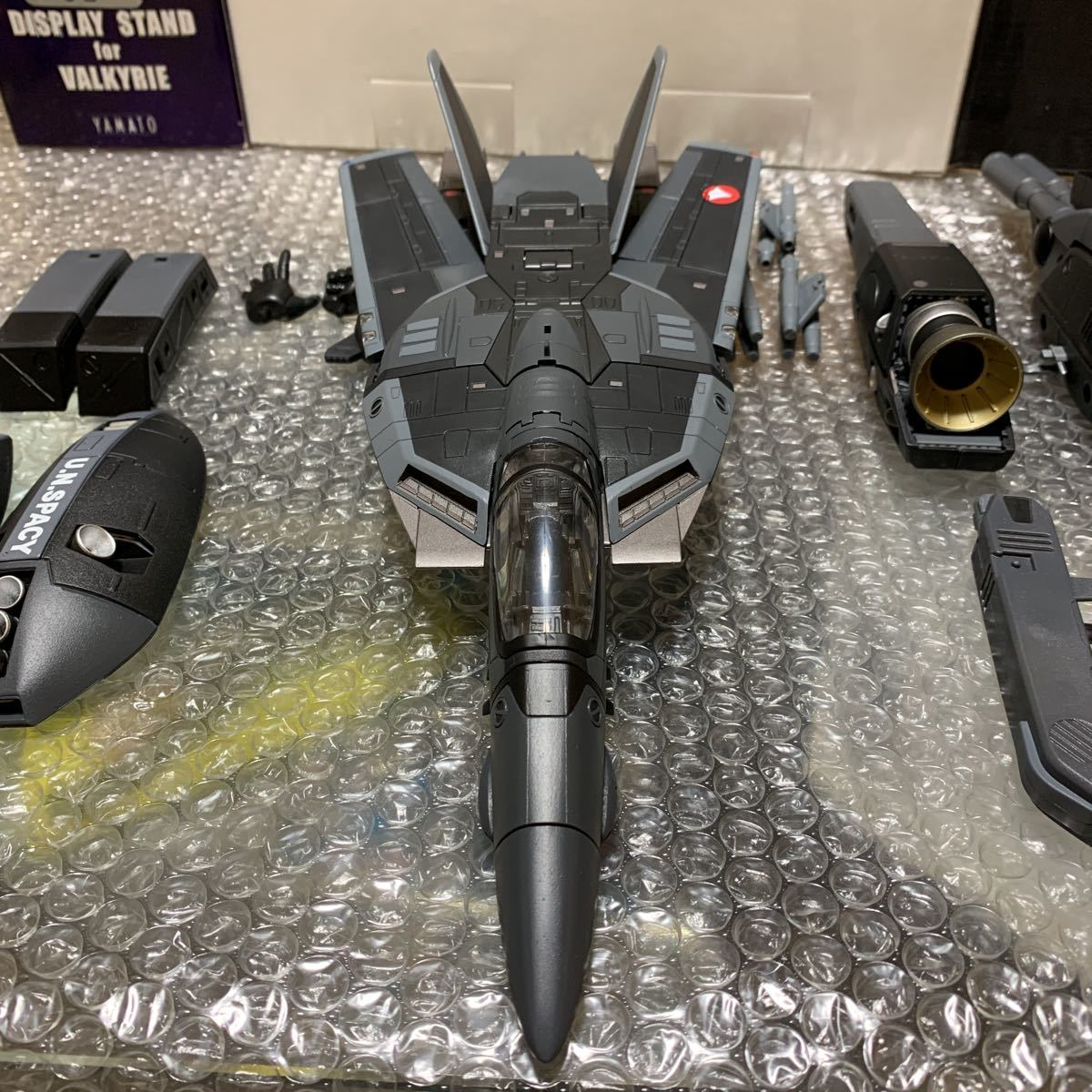 極美品 希少 やまと YAMATO 完全変形 1/48 VF-1J with Super & Strike parts Stealth type VF-1J ステルスタイプ スーパー ストライク 付_画像6