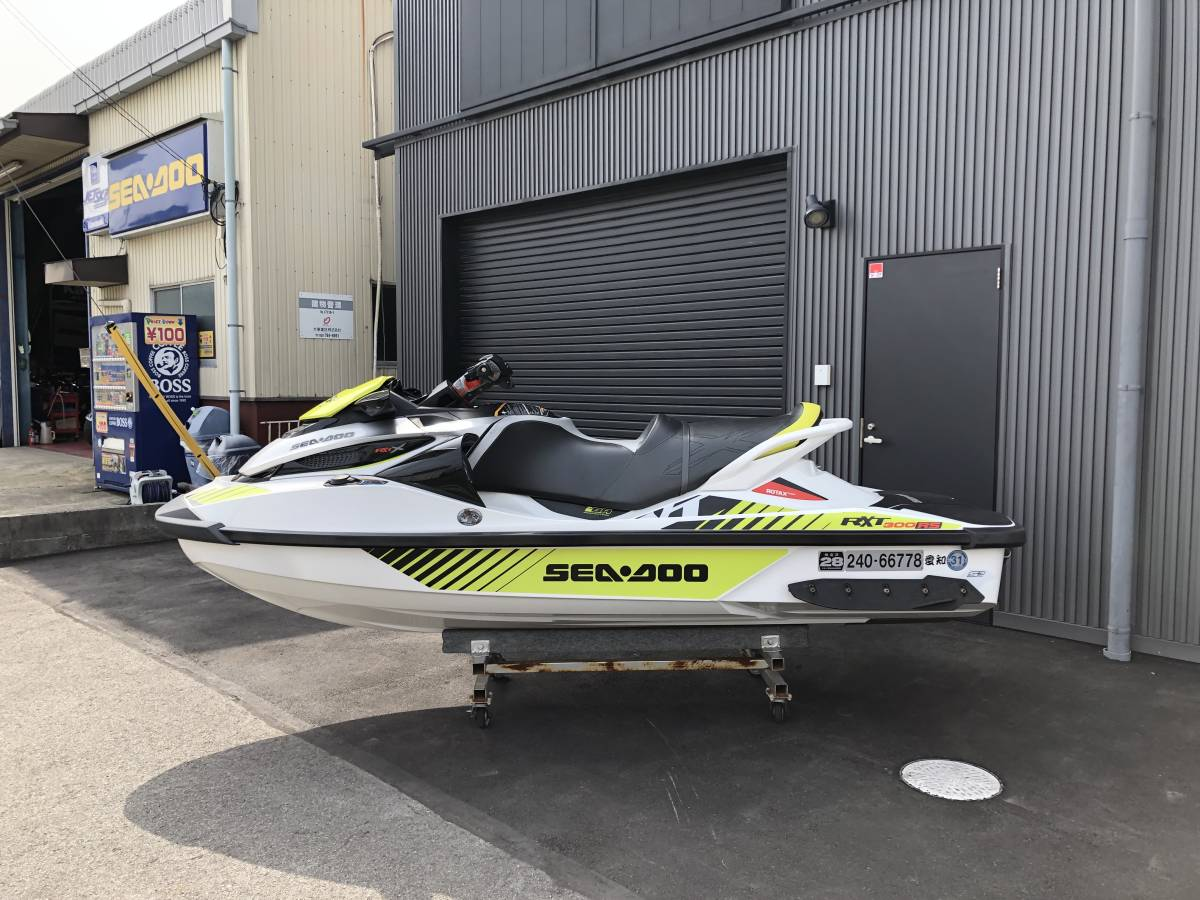 SEADOO/RXT-X300中古艇/カワサキ純正スピーカー付き_画像2