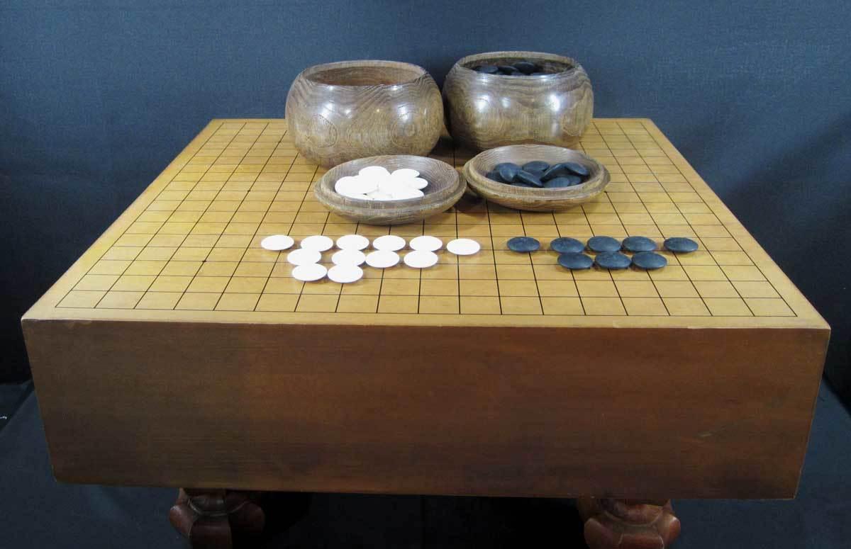 囲碁盤 4寸 碁石付き_画像1