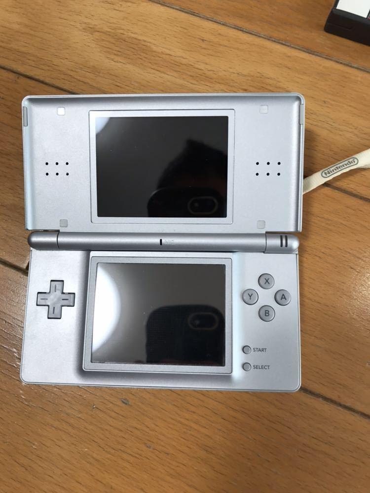 送料無料 任天堂 DS ライト 本体 ソフト13本 Nintendo ニンテンドー_画像3