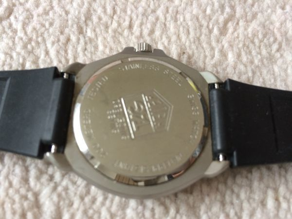 タグホイヤー★プロフェッショナル200M★レディース腕時計★ジャンク★1円スタート_画像3
