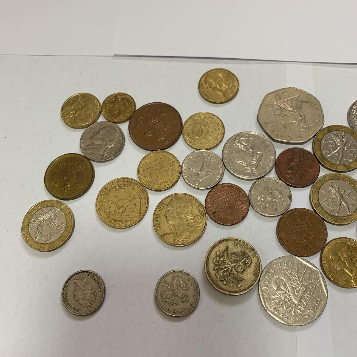 外国旅行した際に持って帰ってきた各国のコインと昭和の5円玉_画像2
