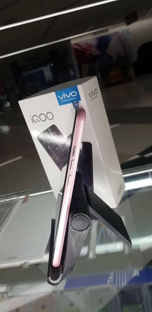 1円スタート 海外SIMフリー Vivo iQOO Gaming Phone Mocha red 日本未発売 日本発送 レッド スマホ 携帯 赤 最新 激安 _画像6