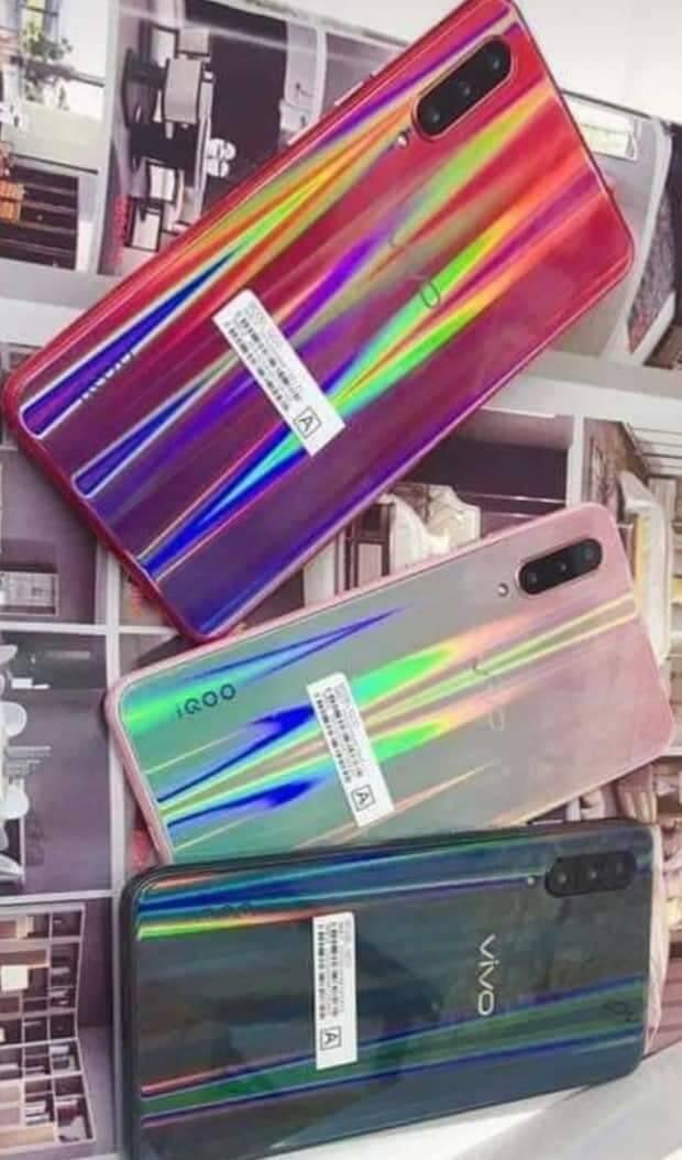1円スタート 海外SIMフリー Vivo iQOO Gaming Phone Mocha red 日本未発売 日本発送 レッド スマホ 携帯 赤 最新 激安 _画像3