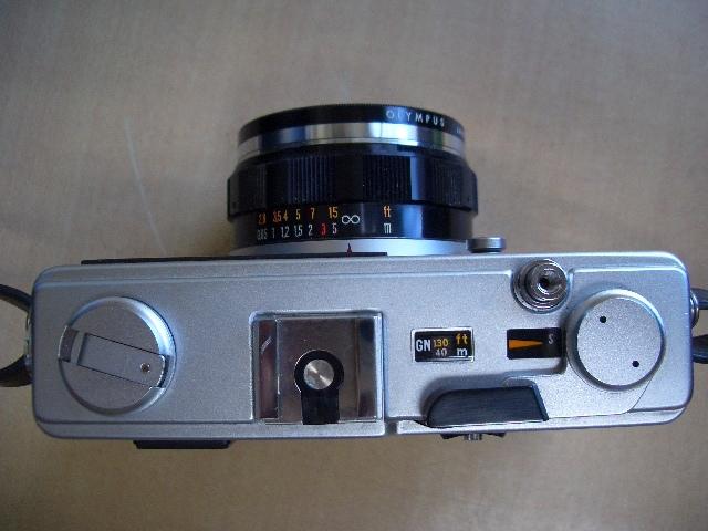オリンパス 35DC フイルムカメラ ケース付き 美品_画像3