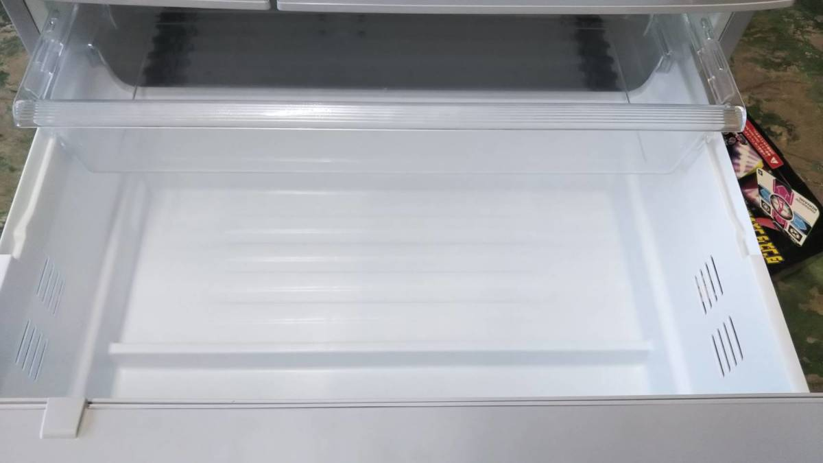 直接引取可能 パナソニックトップユニット外して洗える製氷皿冷蔵庫 NR-FTF456_画像7
