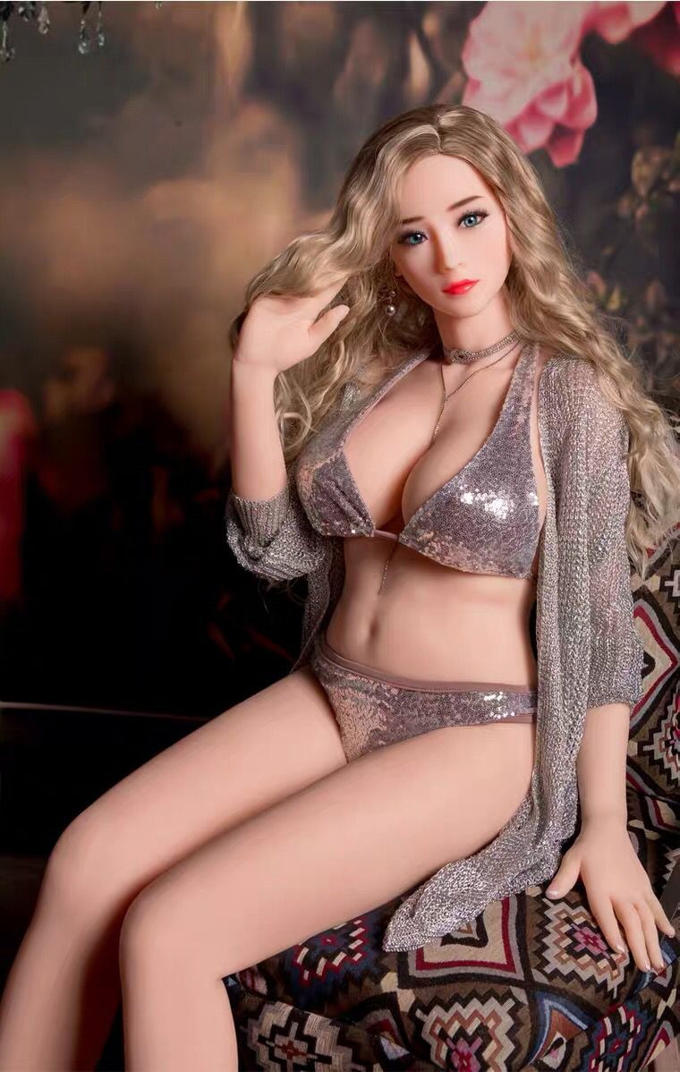 業所止め可能 秘密発送 最新型リアルドール TPE製 巨乳 素敵な彼女 鮮明な外観 158女性のボディモデル ラブドール 3ホール _画像6