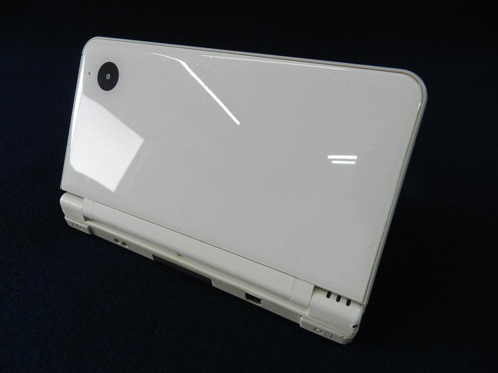 T02-0508 任天堂 Nintendo DSiLL 本体 太鼓の達人付 中古品_画像2