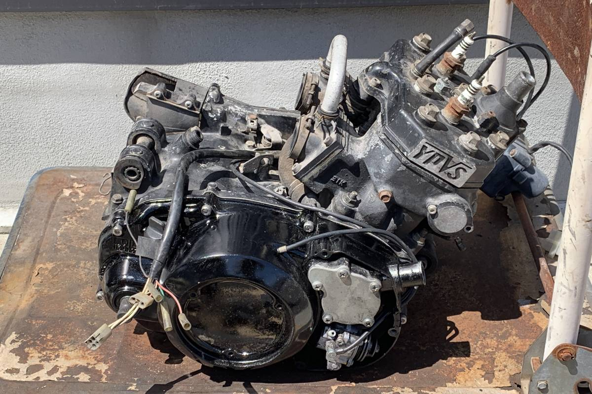 RZ350R (29K) エンジン スタンダードボア 1万円スタート! 売り切り!_画像2