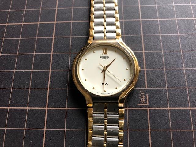 KK518 稀少 レア ヴィンテージ SEIKO/セイコー SX コンビ×ホワイト系文字盤 刻印入純正ブレス V701-6K00 クオーツ メンズ 腕時計_画像3