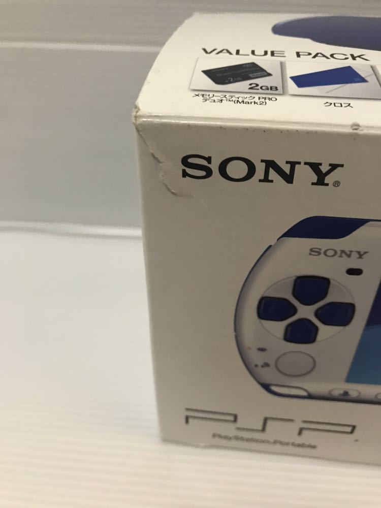 美品 動作良好 SONY PSP 3000 バリューパック ブルー ホワイト 動作確認済み クロスのみ欠品 外箱にキレあり_画像3