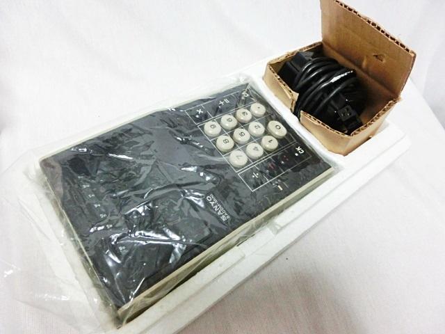 ■昭和レトロ SANYO 【サンヨー】 電卓 ICC-808DM 箱付き ジャンク ★1973年発売 当時もの レア _画像8