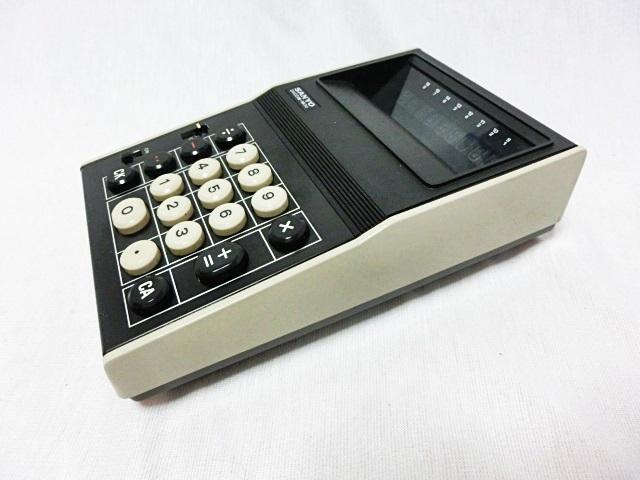■昭和レトロ SANYO 【サンヨー】 電卓 ICC-808DM 箱付き ジャンク ★1973年発売 当時もの レア _画像2