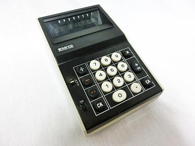 ■昭和レトロ SANYO 【サンヨー】 電卓 ICC-808DM 箱付き ジャンク ★1973年発売 当時もの レア