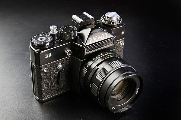 フィルムカメラ カメラ 35mm Zenit Ⅱ M42 マウントカメラ セレン式 露出計 非連動 ジャンク 中古