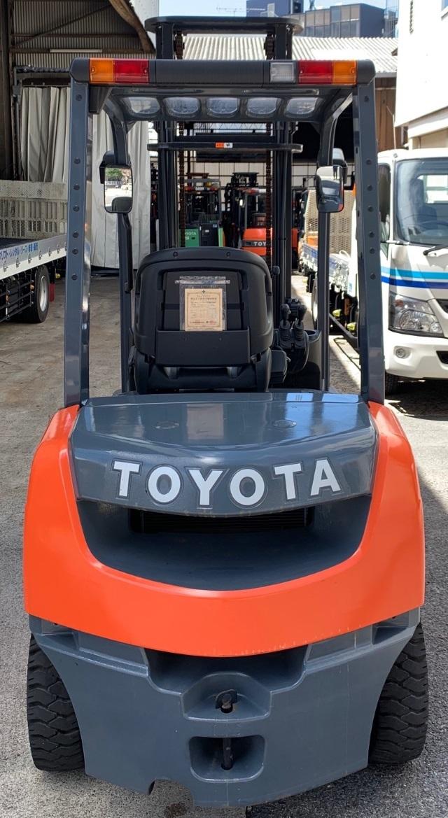 トヨタ 中古フォークリフト 2.5t ガソリン 4mハイマスト 8FG25 _画像4