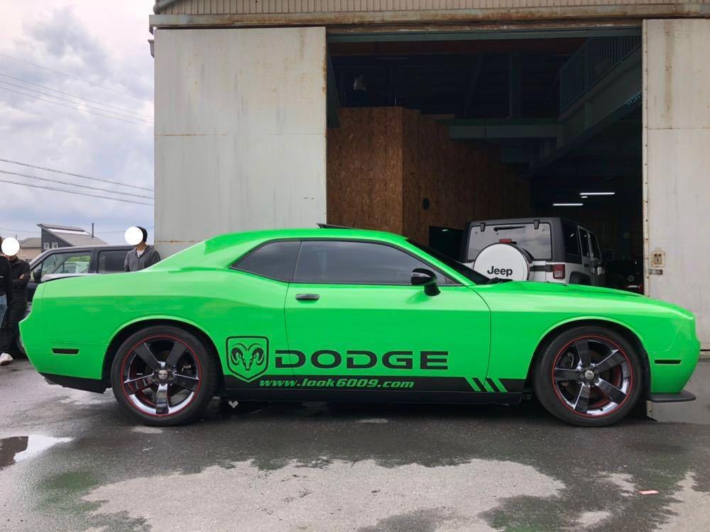 DODGE CHALLENGER チャレンジャー 2014年式 新車並行ベース 後期顔移植 オリジナルカラー 女性オーナー_画像3