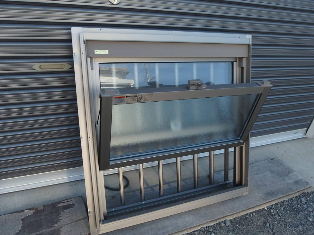 在庫品 アルミサッシ ペアガラス 上げ下げ窓 07407 シャイングレー 縦格子_画像4