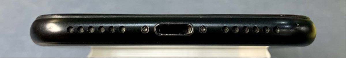 【SIMフリー】中古美品 iPhone7 128GB ブラック_画像4